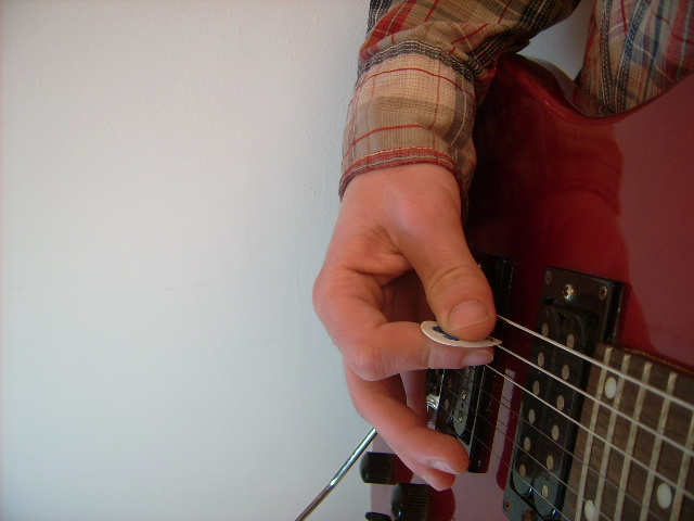 Right Hand String Muting