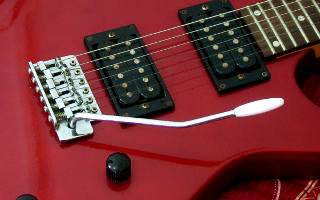 vibrato arm (whammy bar) - picture 1